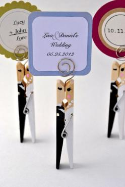 to add the perfect personal touch on your wedding day or bridal shower: Craft, Bridal Shower Place Cards, Wedding Ideas, Wedding Day, Bridal Shower Cards, Diy Wedding Card, Bride, Mark Up