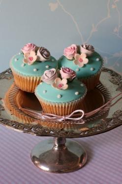 Very nice combination of textures with foreground checkerboard, silver with raised design, smooth cupcake surface and the delicate flower line on wallpaper in background off to the one side: Tea Party, Cup Cakes, Cookies, Pretty Cupcakes, Cupcake, Sweet,
