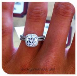 wedding ring wedding rings: Wedding Ring, Style, Halo, Wedding Band, Dream Wedding, Engagement Ring, Sparkle, Cushion Cut