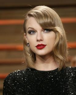 Which Pop Star Should Be Your Best Friend? Taylor swift should be my best friend <3: Taylor Swift, Taylorswift, Best Friends, Vanity Fair, Style, Fair Oscar, Hair, Oscar Party