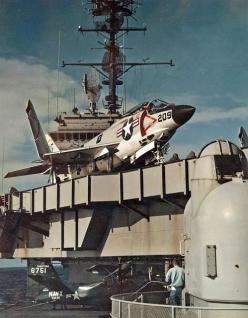 1950s #USN #F3H #Demon: Airplanes Airplanes, Planes Trains Helis Fighters, Airplanes Rockets, Jet Planes, Demon F3H, War Planes, F 3 Demon, Warfare Planes