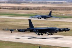 B-52...One of my favorite aircraft, EVER.         Good memories from Wright-Patterson AFB, Fairborn, Ohio.: Military Aircraft, B52 Takeoff, Air Force, B 52H Stratofortresses, Aircraft, B52H, Stratofortress B52, Aircraft Stuff, B 52 Stratofortress