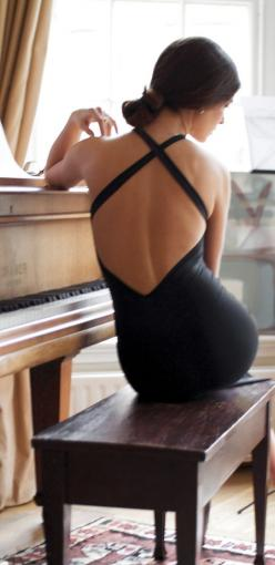 Backless chic.: Music, Fashion, Sexy Back, Style, Beautiful, Black Dress, Photo