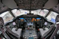 Boeing Dreamliner 787-9 flight deck - Air Zealand will be the first airline to incorporate the 787-9 into its fleet.: Fly, 787 Cockpit, Airplane, Aircraft, Photo, Boeing 787 8