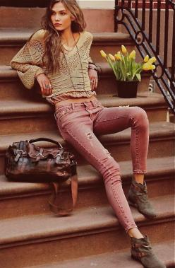 Boho chic. I don't really like the shoes...: Modern Hippie Style, Boho Chic Fashion Style, Street Style, Boho Fall Fashion Grunge, Boho Chic Fall Fashion, Fall Outfits Hippie, Bohemian Chic Fashion, Fall Hippie Outfits, Modern Hippie Fashion