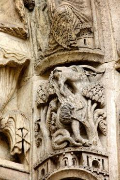 capricorn: detail of chartres cathedral: Left Door, Astrology Capricorn, West Royal, Capricorns Gotta, Archivolt, Chartres Cathedral, Capricorn Astrology, Beneath February
