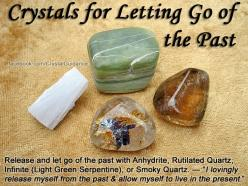 ✯Crystals for Letting Go of the Past✯ Hold in your hands as you repeat your preferred affirmation either out loud or to yourself. Feel & visualize you letting go of what no longer serves your highest good. Release anything that is anchoring you to the