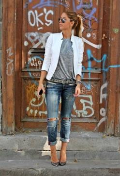 Cute Casual Outfit!: Ripped Jeans, Boyfriend Jeans, Fashion, Casual Outfit, White Blazers, Street Style, Spring Summer