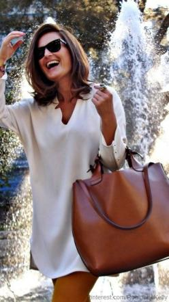 Cute v neck sundress and big brown leather bag, love the patina on this bag as well: Fashion, Purse, Street Style, Outfit, Leather Tote, Bags