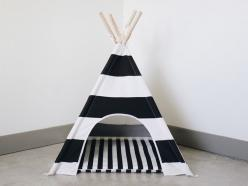 Dog Teepee with matching cushion and carry bag www.pipolli.com: Striped Dog, French Bulldogs, Matching Cushion, Doggie Stuff, Pet Teepee, Teepees, Random Stuff, Diy Dog Teepee