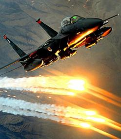 F-15 Eagle deploying flares: Airplanes Airplanes, Military Aircrafts, Aircraft Military, Air Force, Fighter Aircrafts, F 15E Strike, Fighter Jets