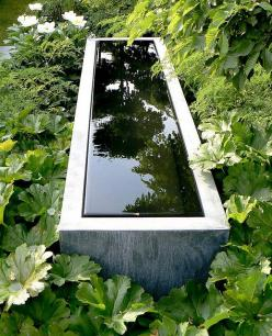Great fountain, Laurent Perrier Garden   ---love the way the edge is always neat and not splashed because of the vanishing edge.: Garden Ideas, Garden Design, Chelsea Flower Show, Water Features, Waterfeature, Perrier Garden, Linear Fountain, Water Garden