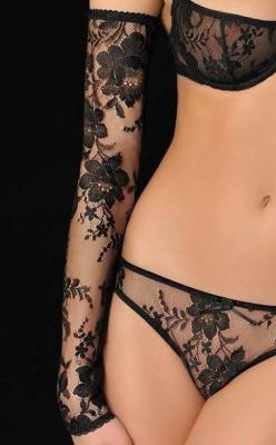 If I could wear only one thing, it would be black lace.: Fashion, Lace Sleeve, Beautiful, Black Laces, Sexy Lingerie, Hot, Black Lingerie, Things, Sexylingerie