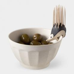 Kipik Toothpick Holder by Erwan Péron. I love that this little guy can perch on bowls or just sit pretty on a table. Perfect for parties!: Ideas, Kitchen Gadgets, Gift, Stuff, Hedgehog Toothpick, Design