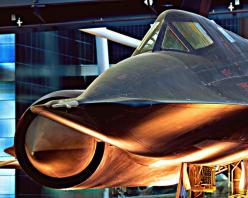 Lockheed SR-71 Blackbird - loading mission packages, then fuel it and watch the fuel SPILL everywhere...and there was hydrazine...i think the APU's used it..THE SMELL..could open the sinuses of a dead volcano!: Military Aircraft, Sr 71 Blackbird, Airp