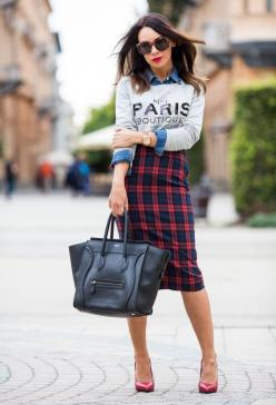 Love this for fashion-forward office wear. Plaid pencil skirt, graphic sweatshirt over chambray, and a structured bag.: Fashion, Street Style, Outfit, Styles, Pencil Skirts, Tartan