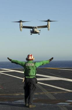 PACIFIC OCEAN (Oct. 7, 2012) An MV-22 Osprey assigned to Marine Medium Tiltrotor Squadron (VMM) 165 lands on the flight deck of the aircraft carrier USS Nimitz (CVN 68), making Nimitz the second carrier to conduct successful MV-22 flight operations.: Mili