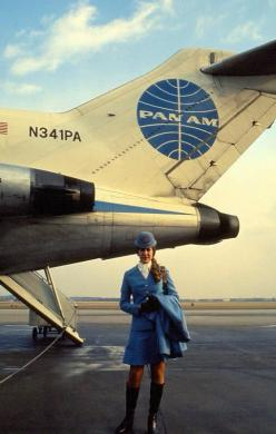 Pan Am stewardess, designed by Edith Head. A distinctively classy look... Truly the glory days of commercial aviation...: Panam Stewardesses, Vintage Airline, Vintage Pan, Photo, Flight Attendant, Pan American, Vintage Flight
