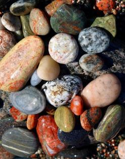rocks: Photos, Stones Rocks Boulders, Nature, Gemstones Stones Precious Semi, Colorful Gemstones, Wet Rocks, Rocking Stones, Wet Gemstones, Rocks Stones