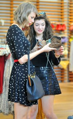 Taylor Swift and Lorde engage in a little retail therapy. How cute is Taylor's dress?!: 2015 Celebrity Hairstyles, Taylor Swift, Taylorswift, Lord, Dresses, Fashion Hairstyles, Shopping, Friend