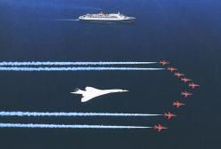 The Red Arrows flying in formation with Concorde G-BOAG along with Cunard's QE2. Design classics!: Airplanes Airplanes, Concorde, Red Arrows, Nice Aircrafts, Fly, Aircraft, Amazing Aircraft, Aircraft Extraordinaire