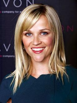 "This cut with this tip: For round faces, John recommends adding ""a longer side-swept bang to disguise the fullness of the face."": Hair Ideas, Reese Witherspoon, Hairstyles, Hair Styles, Makeup, Hair Cut, Bangs, Beauty, Haircut"