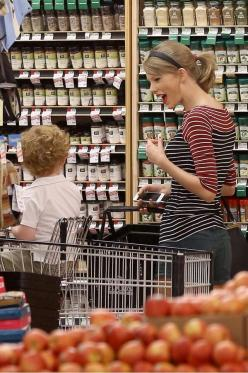 "This is so adorable. She's just like ""aww look at the cute little boy as I casually grocery shop."": Taylorswift, Food, Swiftie, Taylor Swift ️, Tswizzle, Boy Taylor, Baby, Little Boys, Kid"