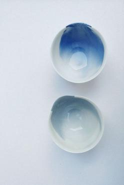 Water colorish things. I don´t know yet whose are these, but I´m going to find out.: Ceramics Design, Ceramic Design, Watercolor Ceramic, Glazed Ceramic, Clay Bowl