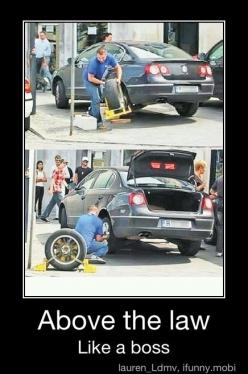 Always have a spare.  This is what we call here in Colorado the Denver boot.: Like A Boss, Giggle, Funny Stuff, Funnies, Humor, Things, Likeaboss