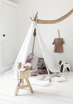 ariadne at Home - Sanoma Media Netherlands B.V. -- owls!  Cute scandi play tent for Colleen's hideout...: Idea, Kidsroom, Tent, Playroom, Teepees, Types, Children S, Kids Rooms