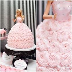 Barbie cake?! The perfect 4 year old birthday party. : Doll Cake, Barbie Birthday, Barbie Party, Barbie Cake, Birthdaycake, Party Ideas, Birthday Cakes, Birthday Party