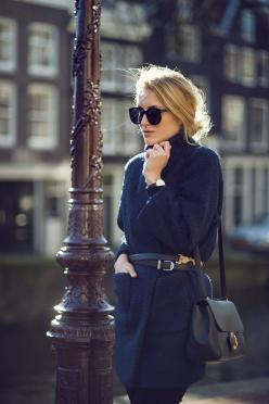 black and navy coat http://rstyle.me/n/q8mba4ni6: Outfits, Fashion, Fall Style, Style Inspiration, Street Style, Fall Winter, Winter Coats