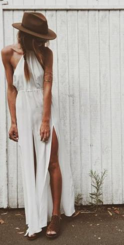 Boho Look | Maxi dress branco, chapéu estilo boho, acessórios hippie chic, white maxi: Summer Fashion, Summer Dress, Inspiration, Style, Dresses, Outfit, Wear