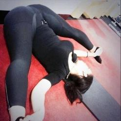 cameltoes-and-yoga-pants-best-combo-ever-photo-album: Hot Stuff, Magazine Thecakemagazineig, Sexy, Cake Magazine, Beautiful Women, Cameltoes And Yoga Pants, Beauty, Photo, Leggings