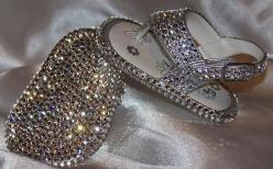 @Candice Johnson and @Tiffany Camp look at these shoes!!! Tiffany you need these for your little one ;): Kids Clothes For Girls Divas, Babygirl, Twinkle Sandals, Baby Bling, Baby Girls, Sparkle, Bling Baby, Baby Shoes, Bling Bling