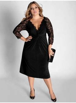 Chic Simple Plus Size:  Flattering v neckline, lace sleeves disguise upper arms, feminine silhouette.: Plussize, Style, Clothes, Size Fashion, Plus Size Dresses