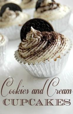 Cookies and Cream Cupcakes Recipe & picture tutorial.  Uses a cake mix and Oreos or other sandwich cookie!: Recipe Cupcake, Oreo Cupcake, Cupcake Recipes, Cream Cupcakes, Cookies And Cream, Cupcakes Recipe, Cup Cake, Dessert