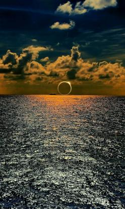 Eclipse annulaire -: Picture, Photos, Sunset, Beautiful, Amazing Nature, Place, Photography, Solar Eclipse