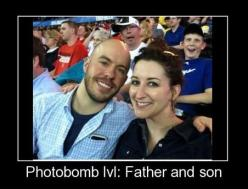 Father and son photobomb: Giggle, Sons, Photobomb Level, Father And Son, Photo Bombs, Funny Stuff, Photobombs
