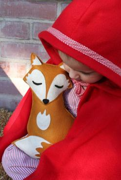 Forest Critters- Sleepy Fox with Pine Cone- Eco Friendly- Woodland Gardening Animal. $34.00, via Etsy.: Forests, Little Red, Red Riding Hood, Baby, Foxes, Animal
