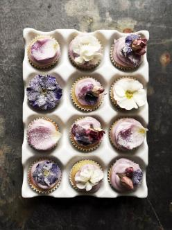 GORGEOUS work by Twigg Studios.  New to me food & craft blog by Aimee Twigger out of the UK.: Floral Cupcakes, Sweet, Edible Flower, Food, Flour Mini, Twigg Studios, Spelt Flour, Dessert