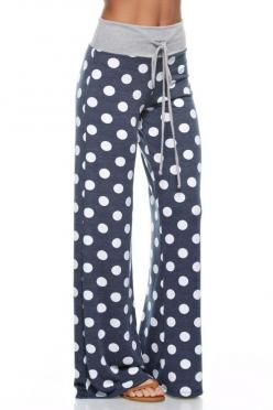 I know these will not look like this on me.  I hope they make them in a larger size.  I just want a pair like this.: Shop, Fashion, Polka Dots, Polka Dot Pants, Style, Lounges, Dot Lounge, Polkadots, Lounge Pants