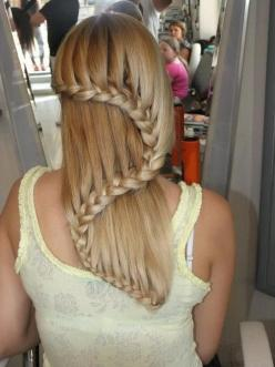 I LOOOOOOVE BRAIDS THEY ARE VERY CASUAL & CHIC. I LOVE HOW WE FIND MANY WAYS TO EXPRESS CREATIVITY ANY WHERE EVEN HAIR...: Hair Ideas, Hairstyles, Fashion, Hair Styles, Awesome, Makeup, Waterfall Braids, Beauty