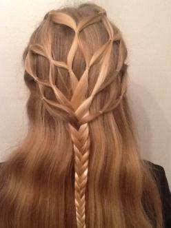 I love how this looks like a tree. It could have gone very well with my tree nymph makeup. I would use this for a wood creature or, like I mentioned, a nymph or fairy.: Hair Ideas, Hairstyles, Tree, Hair Styles, Makeup, Braids, Beauty
