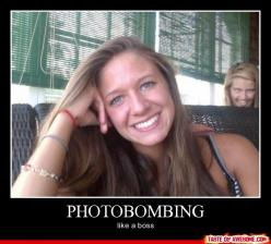 I will let you know when I stop laughing at this. Oh man all I have to do is THINK about this guy's face and I die!: Like A Boss, Giggle, Funny Stuff, Photo Bombs, Funnies, Photobombing, Photobombs
