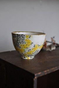 Japanese tea cup by Aya Yamanobe: just love to imagine all the peaceful moments shared with it: Colour, Ceramic Bowls, Vessel, Color, Ceramics Japanese, Teacups, Floral