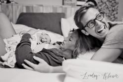 Love these beautiful natural home birth photos by Lindsey Kliewer: At Home Birth Photography, Birth Hospital Photography, Beautiful Homes, Home Birth Photos, Homebirth Photography, Childbirth Photography, Baby, Birth Photoshoot, Birthstory Birthphoto