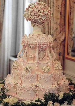 "oh my.  Amazing ""ice pink"" wedding cake by the renowned Cile Bellefleur Burbidge -- so intricate!  OMG!!!!!  Too pretty to eat: Pink Wedding, Idea, Weddings, Amazing Cake, Wedding Cakes, Beautiful Cake, Pink Cake"