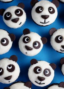 Panda-cupcakes I want to bake these for my panda loving assistant! Maybe for her bday.: Fun Recipes, Sweet, Pandacupcakes, Food, Pandas, Panda Cupcakes, Dessert, Baker Ella