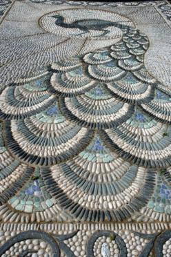 Pebble mosaic pathway featured at the 2010 Chelsea Flower show. The peacock design is fantastic! Photo by Claire Ashman.: Peacock Pebble, Peacocks, Idea, Mosaics, Pebble Mosaic, Outdoor, Gardens, Peacock Mosaic